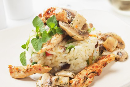 Reistopf mit Pilzen aus dem Reiskocher